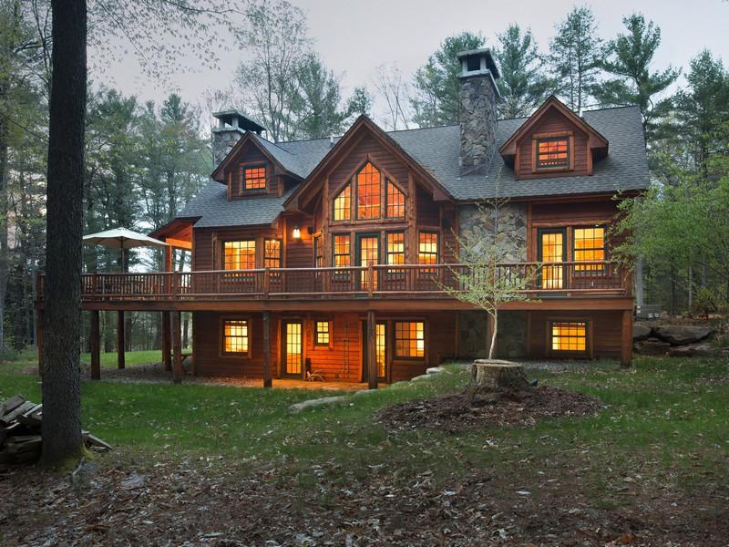 sales property at Lakefront Gem at The Chapin Estate