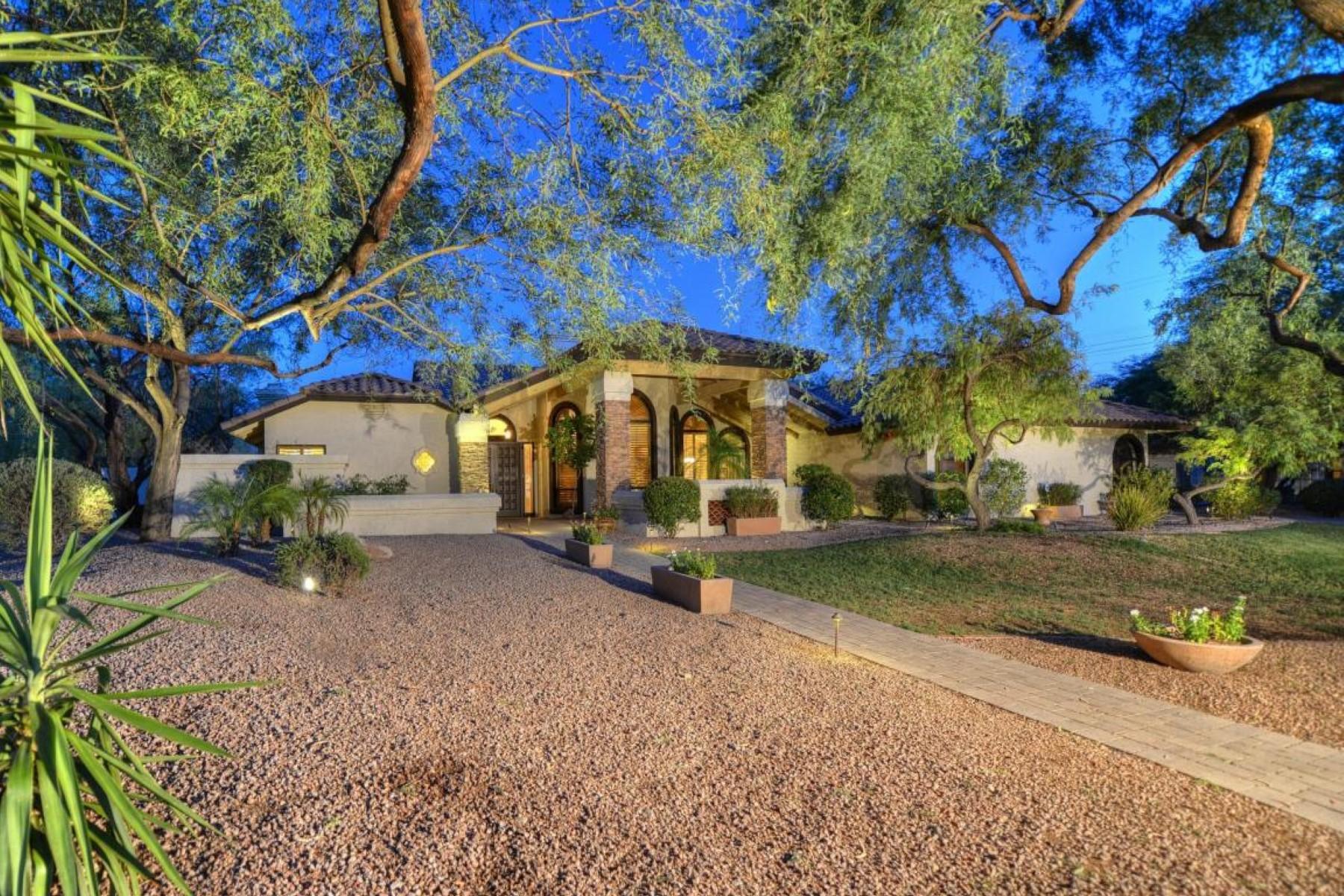 Tek Ailelik Ev için Satış at Stunning custom home on over ½ an acre in beautiful gated Montana Ranch. 11803 E BERYL AVE Scottsdale, Arizona 85259 Amerika Birleşik Devletleri
