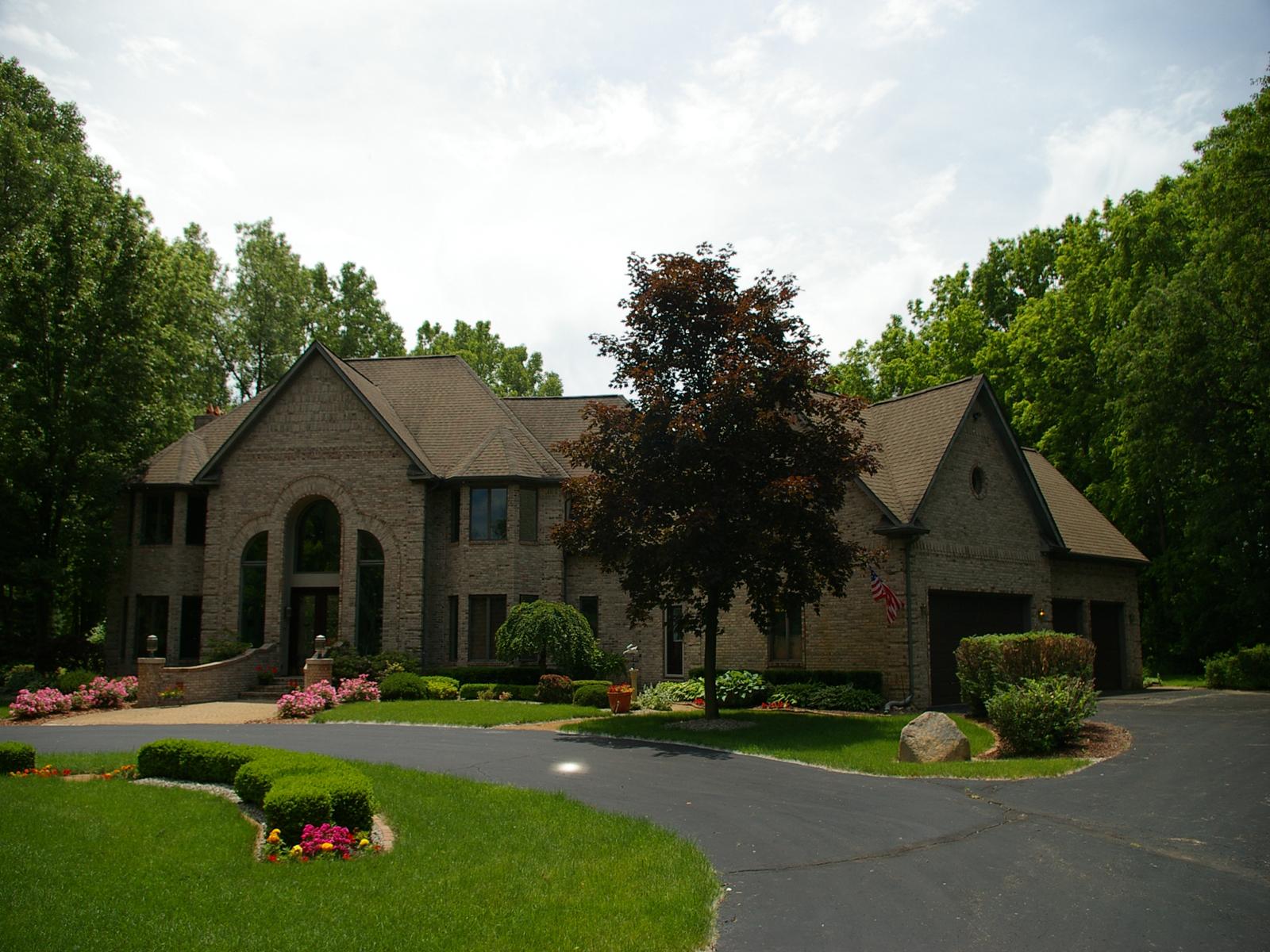 Nhà ở một gia đình vì Bán tại Oakland Township 30 Piney Hill Oakland Township, Michigan 48363 Hoa Kỳ