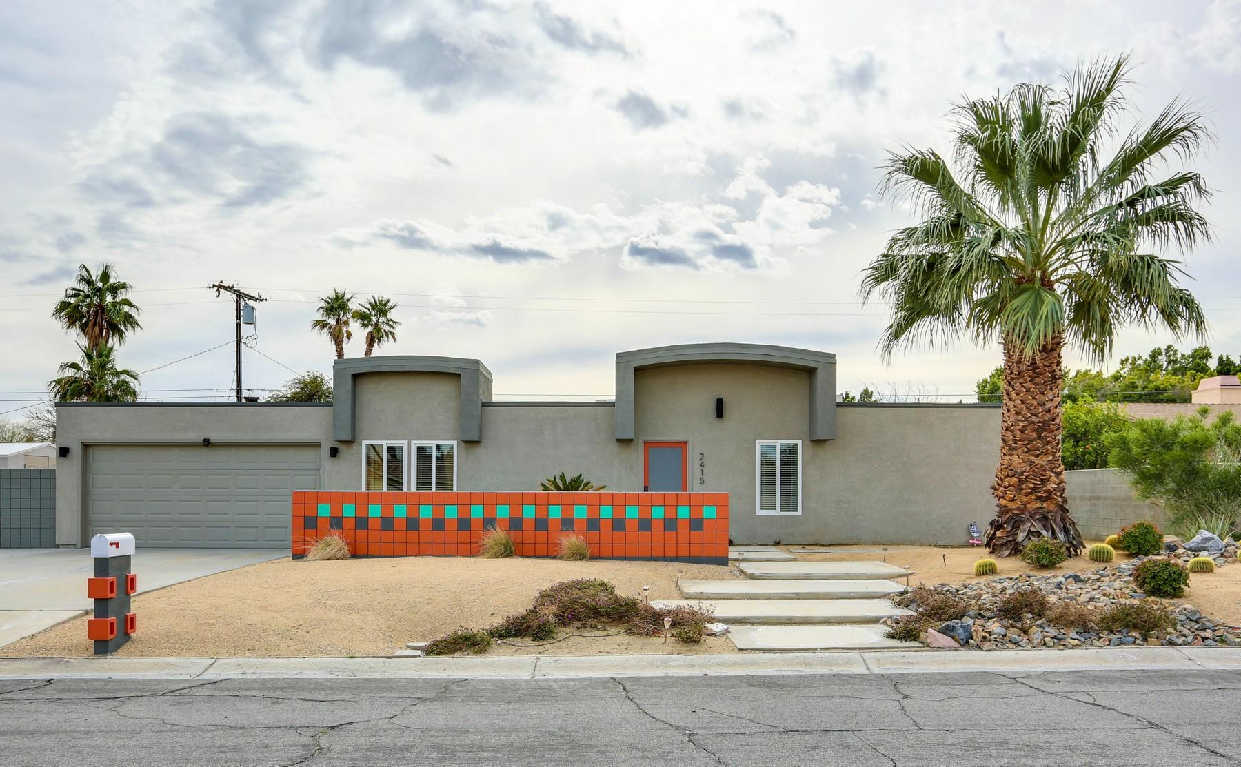 獨棟家庭住宅 為 出售 在 2415 East Finley Rd Palm Springs, 加利福尼亞州, 92262 美國