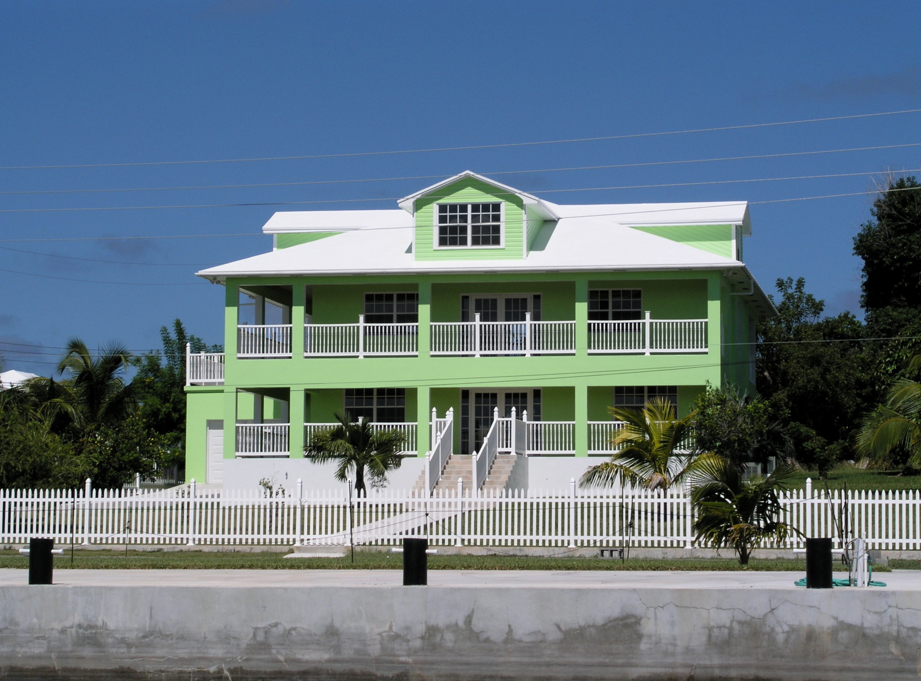 Single Family Home for Sale at Seaside Villa - Harbour Front Spanish Wells, Eleuthera Bahamas