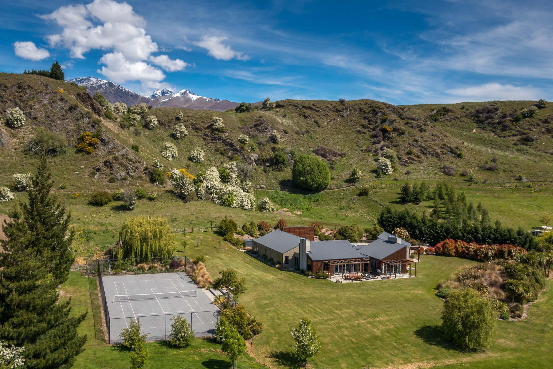 独户住宅 为 销售 在 110 Hogans Gully Road 110 Hogans Gully Road, Arrowtown Queenstown, 南部湖区 9371 新西兰