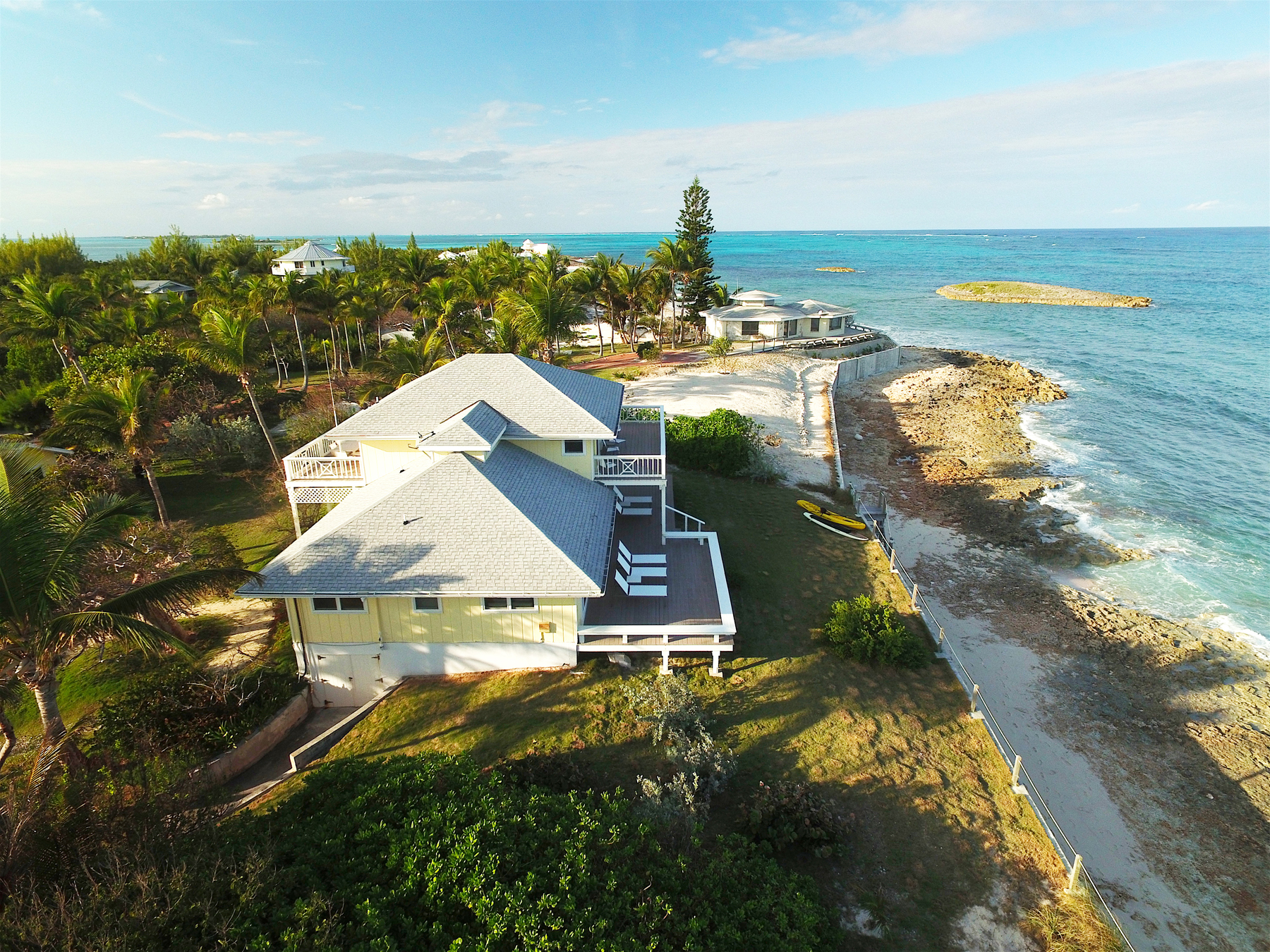 Additional photo for property listing at Talisman Elbow Cay Hope Town, Abaco Bahamas