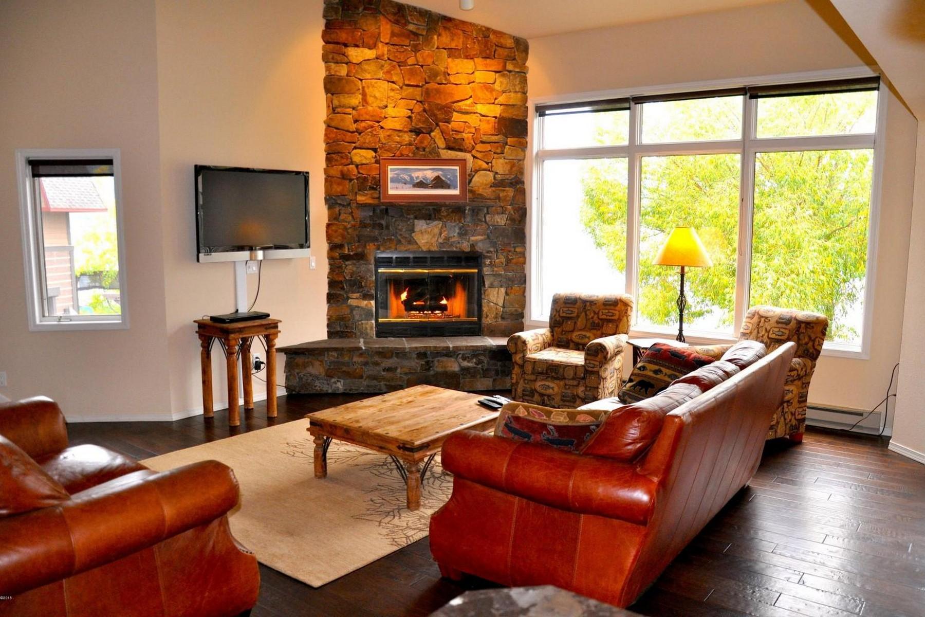 Condominio por un Venta en High End Condo at Whitefish Lake Lodge 1398 Wisconsin Avenue Unit 301 Whitefish, Montana 59937 Estados Unidos