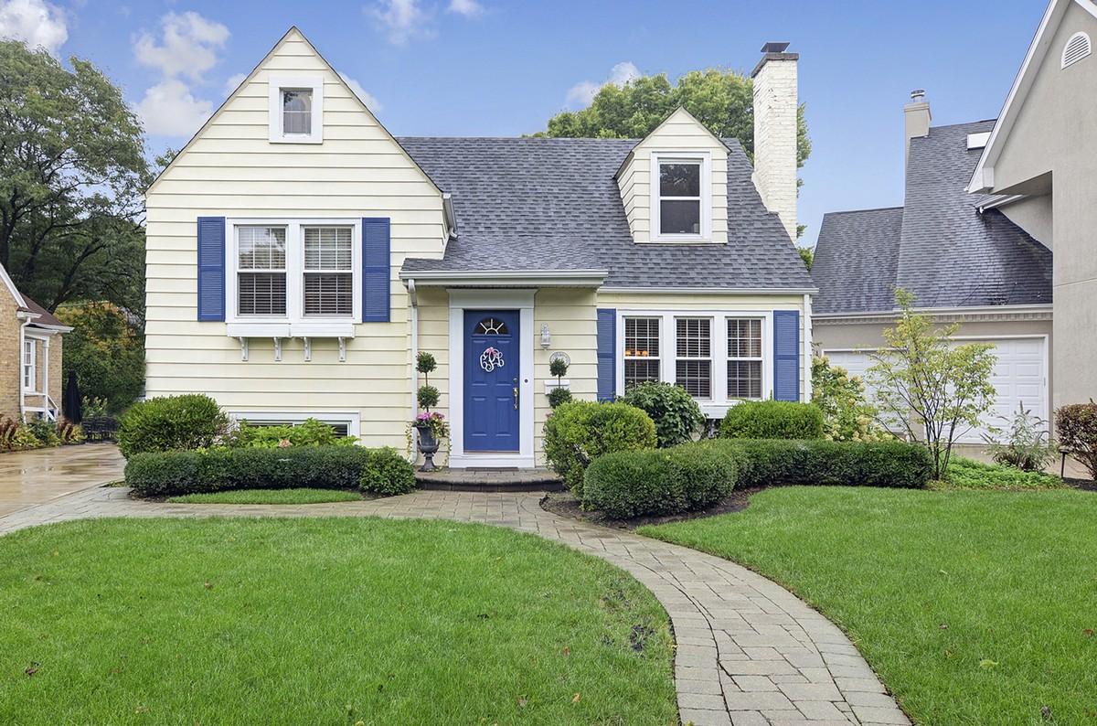 Tek Ailelik Ev için Satış at 615 S Adams Hinsdale, Illinois, 60521 Amerika Birleşik Devletleri