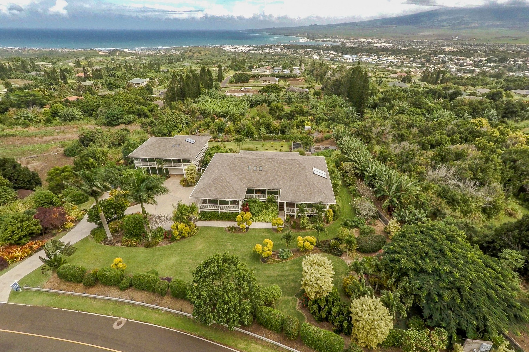 Property For Sale at Wailuku Plantation Style Home...Picturesque and Inviting