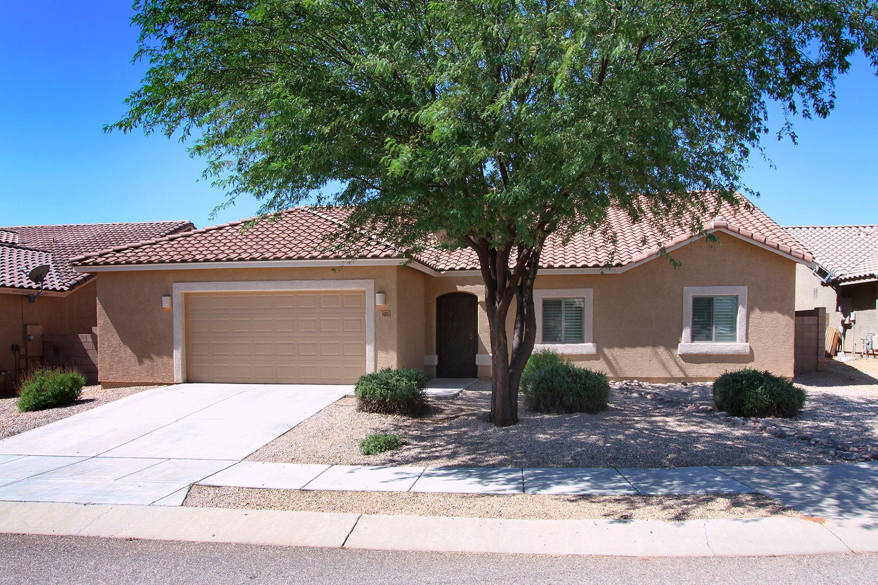 Maison unifamiliale pour l Vente à Stunning US Homes most popular Gold Bullion II model 14851 N Welsh Road Tucson, Arizona 85739 États-Unis
