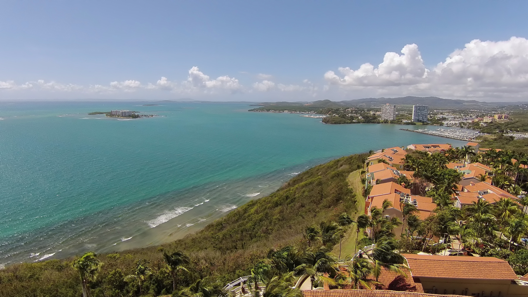 Квартира для того Продажа на Waterfront Villa at A Waldorf Astoria Resort 1000 El Conquistador Ave Las Casitas II Apt. 108 Fajardo, Puerto Rico 00738 Пуэрто-Рико