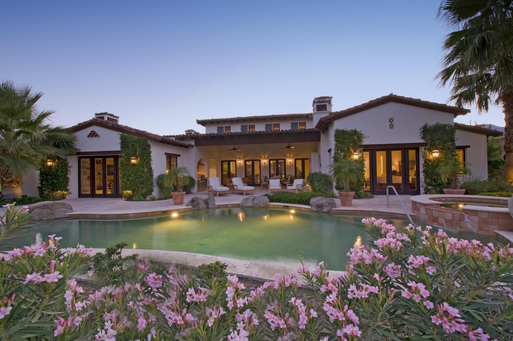 Maison unifamiliale pour l Vente à 53420 Del Gato Drive La Quinta, Californie 92253 États-Unis