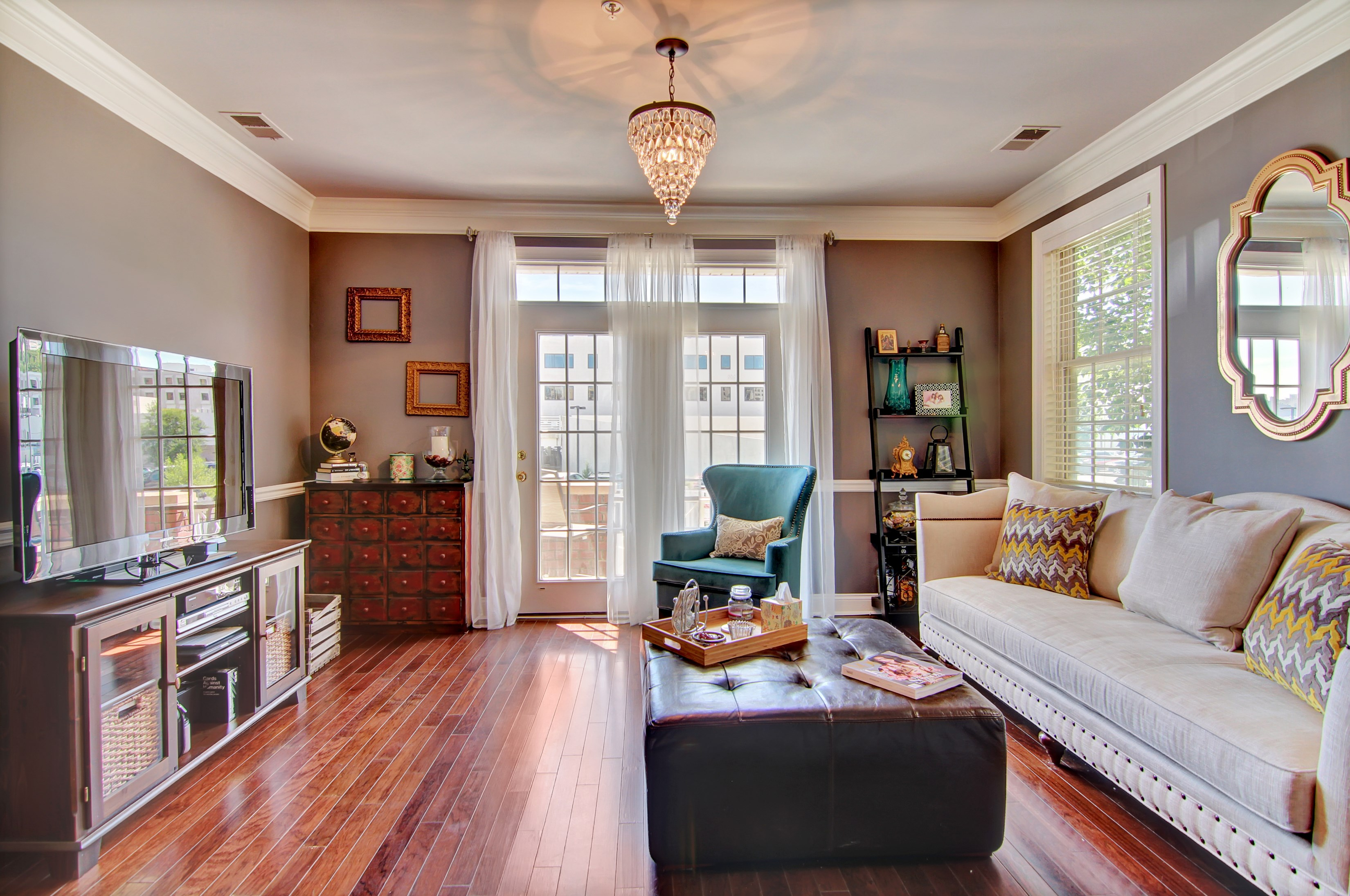 共管式独立产权公寓 为 销售 在 Beautiful South Facing Unit 7706 Marine Road #113 北伯根, 07047 美国