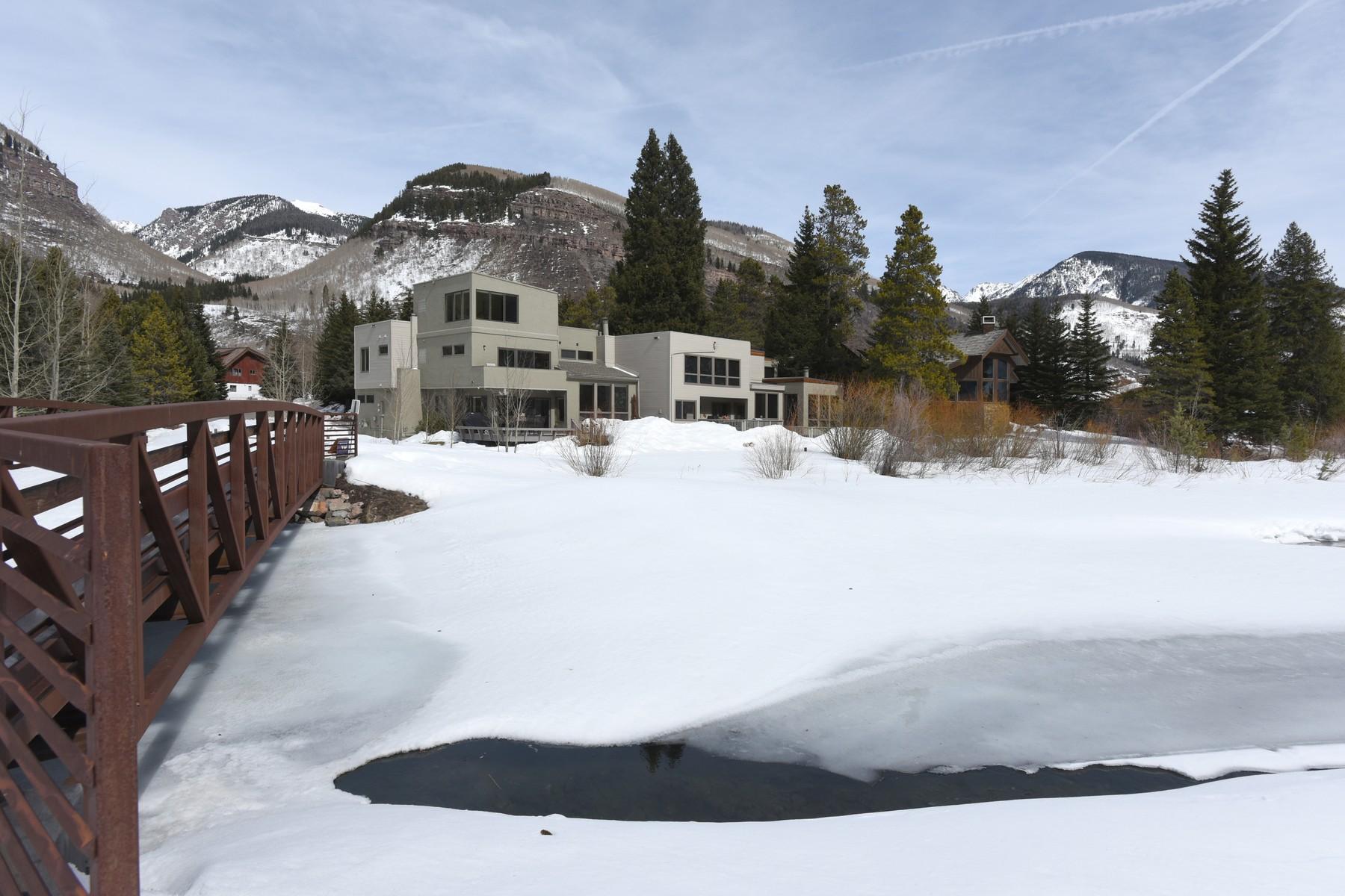 sales property at 2820 Aspen Court B