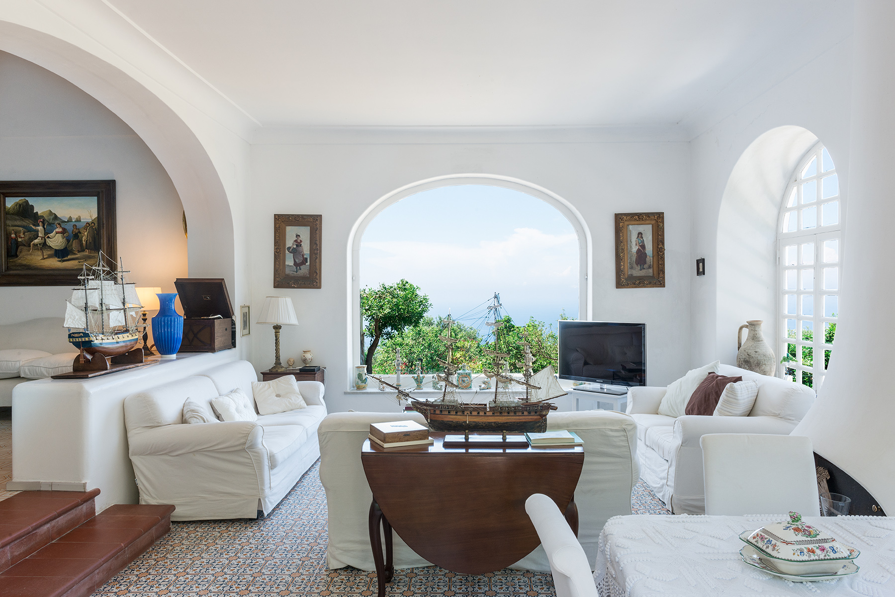 Single Family Home for Sale at Suggestive villa in the heart of Anacapri Capri, Italy