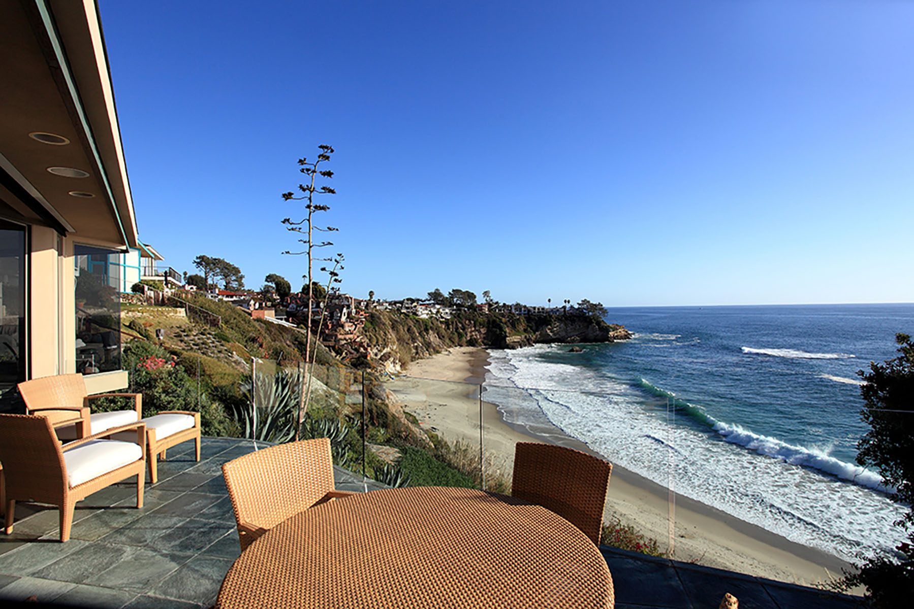 Casa Unifamiliar por un Venta en 2 Mar Vista Lane Laguna Beach, California 92651 Estados Unidos