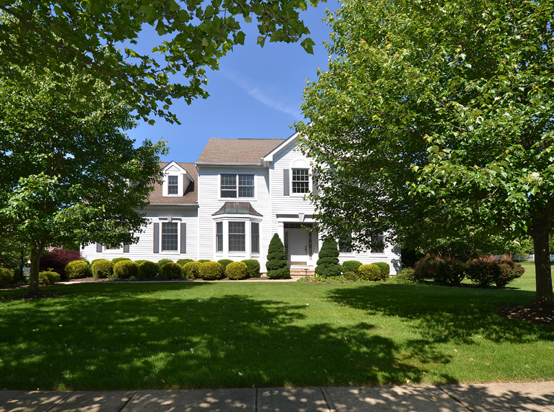 rentals property at Stunning Cherry Valley Home for Rent - Montgomery Township