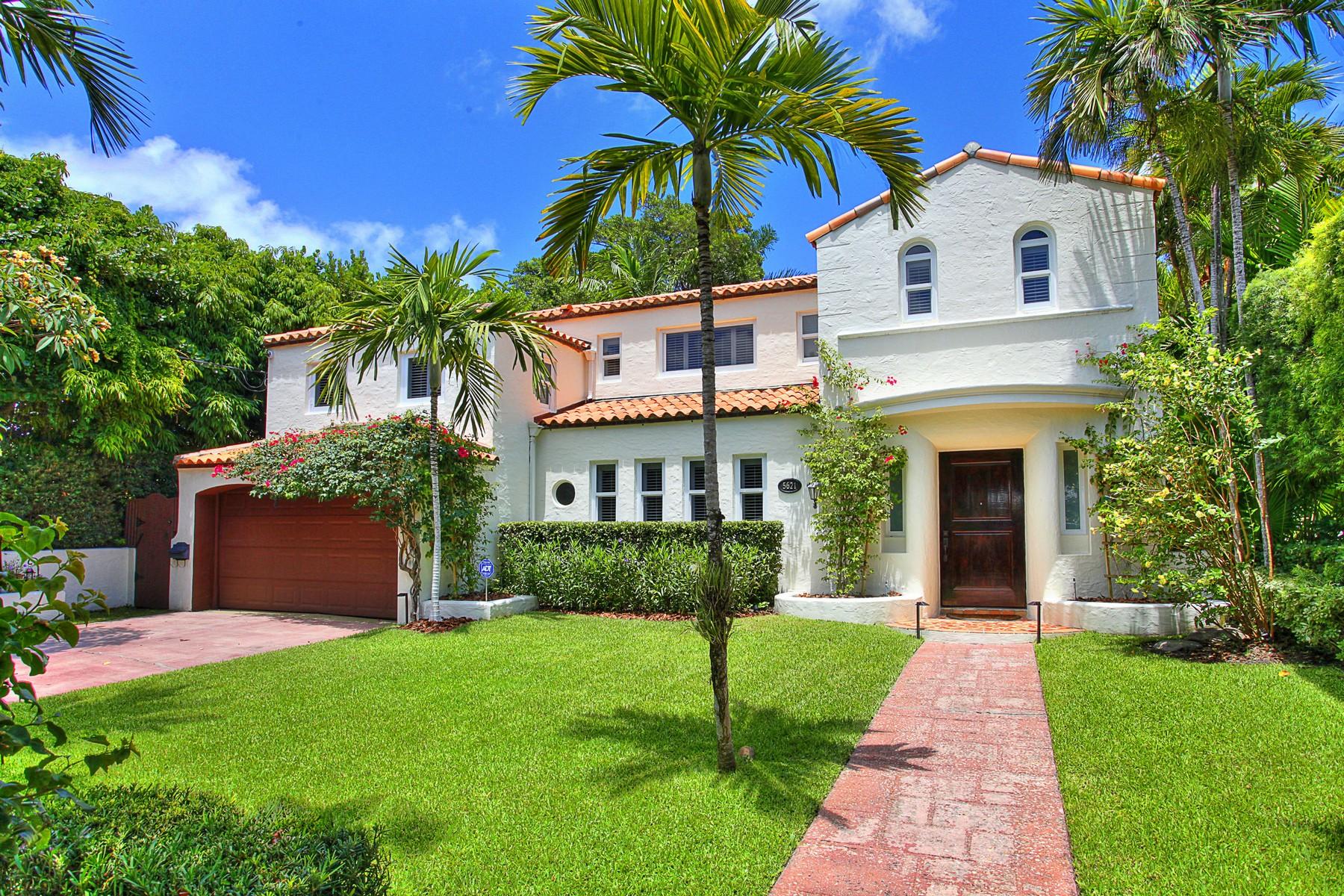 獨棟家庭住宅 為 出售 在 5621 Alton Road Miami Beach, 佛羅里達州 33140 美國