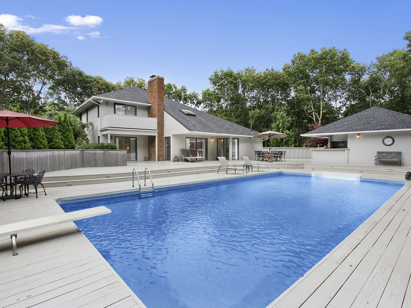 Single Family Home for Sale at A Home for Relaxing and Entertaining 17 Quarter Court Westhampton, New York, 11977 United States