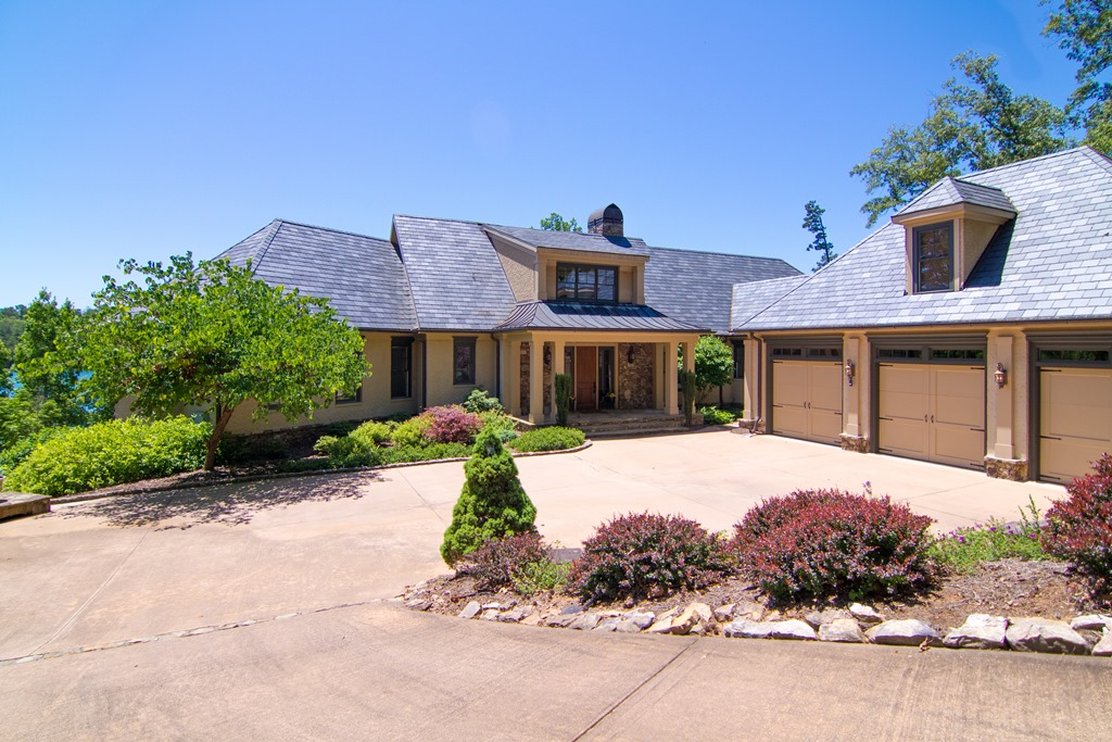 Single Family Home for Sale at Magnificent Waterfront Home 413 W. Fort George Way The Reserve At Lake Keowee, Sunset, South Carolina 29685 United States