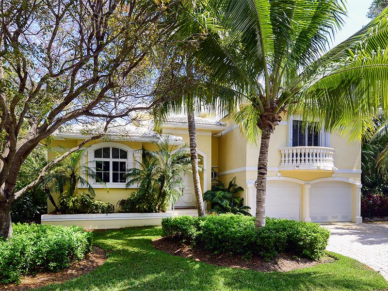 Copropriété pour l Vente à Spacious Condominium Living at Ocean Reef 550 Coral Lane Ocean Reef Community, Key Largo, Florida 33037 États-Unis