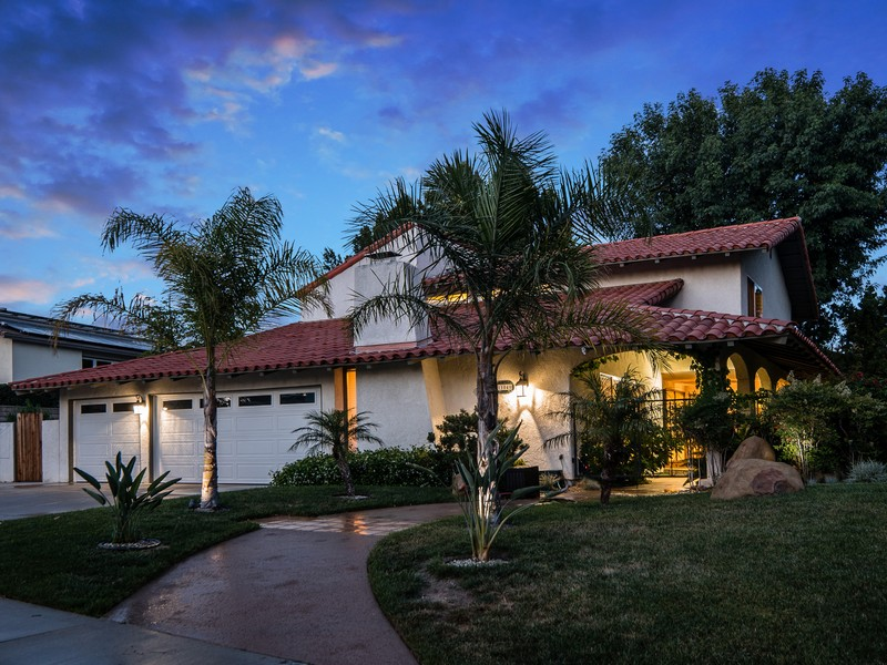 Villa per Vendita alle ore 11040 Salt Lake Ave Northridge, California, 91326 Stati Uniti