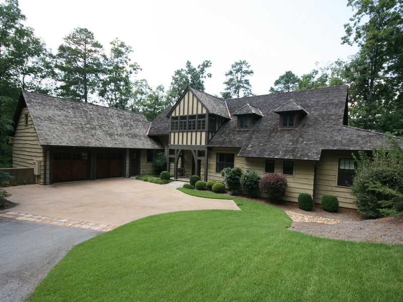 Single Family Home for Sale at Casual Elegance & Architectural Charm 128 Big Creek Trail The Cliffs At Keowee Springs, Six Mile, South Carolina 29682 United States
