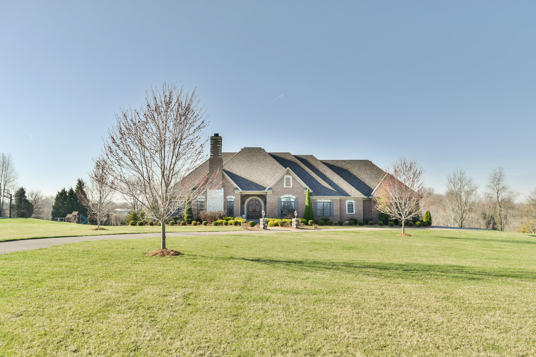 Single Family Home for Sale at 9607 W. View Court Crestwood, Kentucky 40014 United States