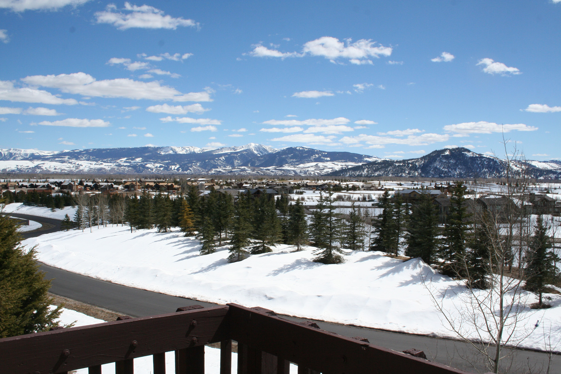 Condominio por un Venta en Top Floor Corner Unit with Expansive Views 3680 W Michael Drive, #W-14-B Teton Village, Wyoming, 83014 Jackson Hole, Estados Unidos