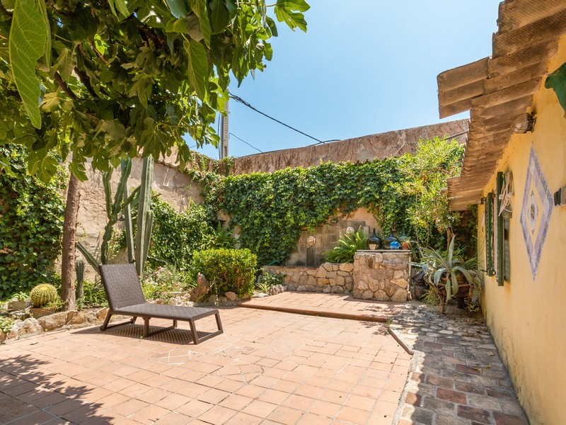 Property Of Beautiful modernist house in Santa Catalina