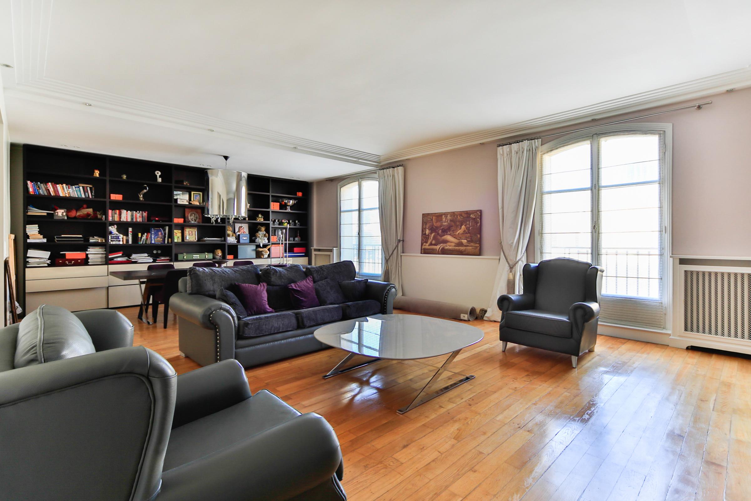 Property For Sale at Apartment - Saint James