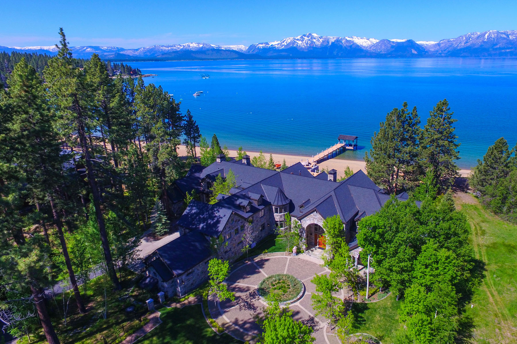 Hacienda / Granja / Rancho / Plantación por un Venta en Sierra Sunset 550 & 560 Sierra Sunset Lane Zephyr Cove, Nevada, 89448 Lake Tahoe Region, Estados Unidos
