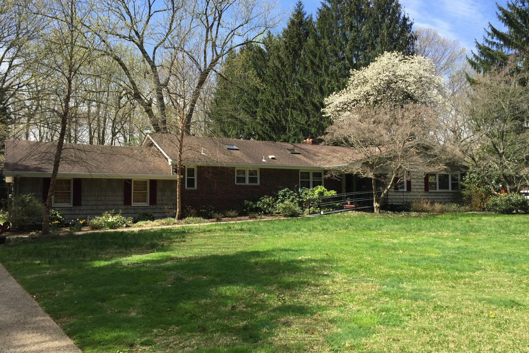 Single Family Home for Sale at 116 Alexander Drive Middletown, New Jersey 07701 United States