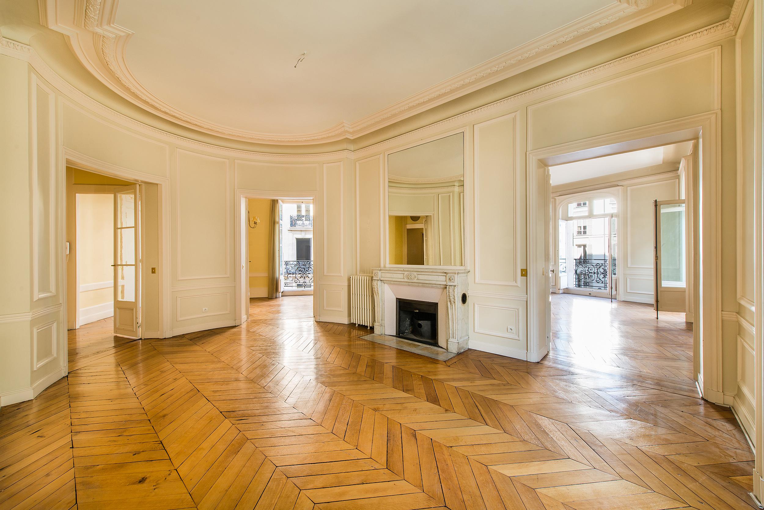 Appartement pour l Vente à Appartement - Gounod - Prony Paris, Paris 75017 France