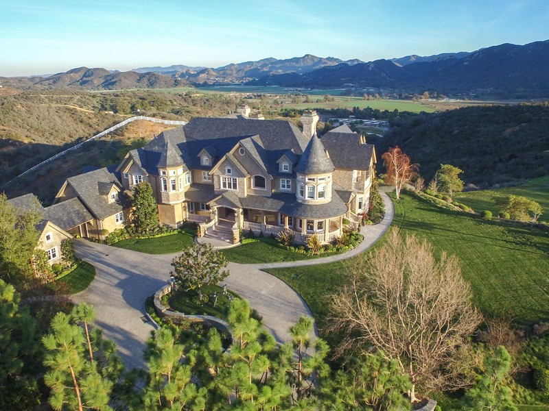 Villa per Vendita alle ore 2200 White Stallion Rd. Thousand Oaks, California, 91361 Stati Uniti