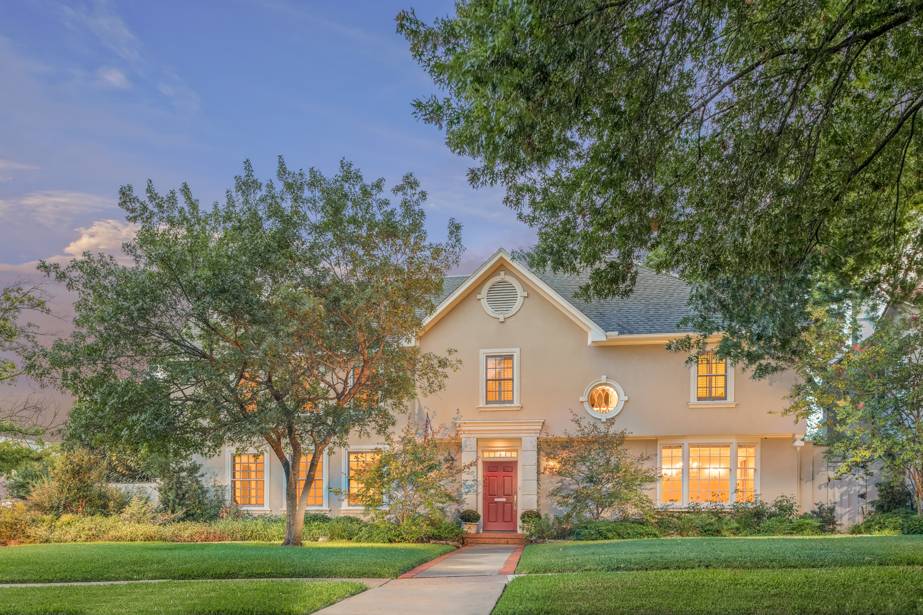 Property For Sale at Highland Park Treasure