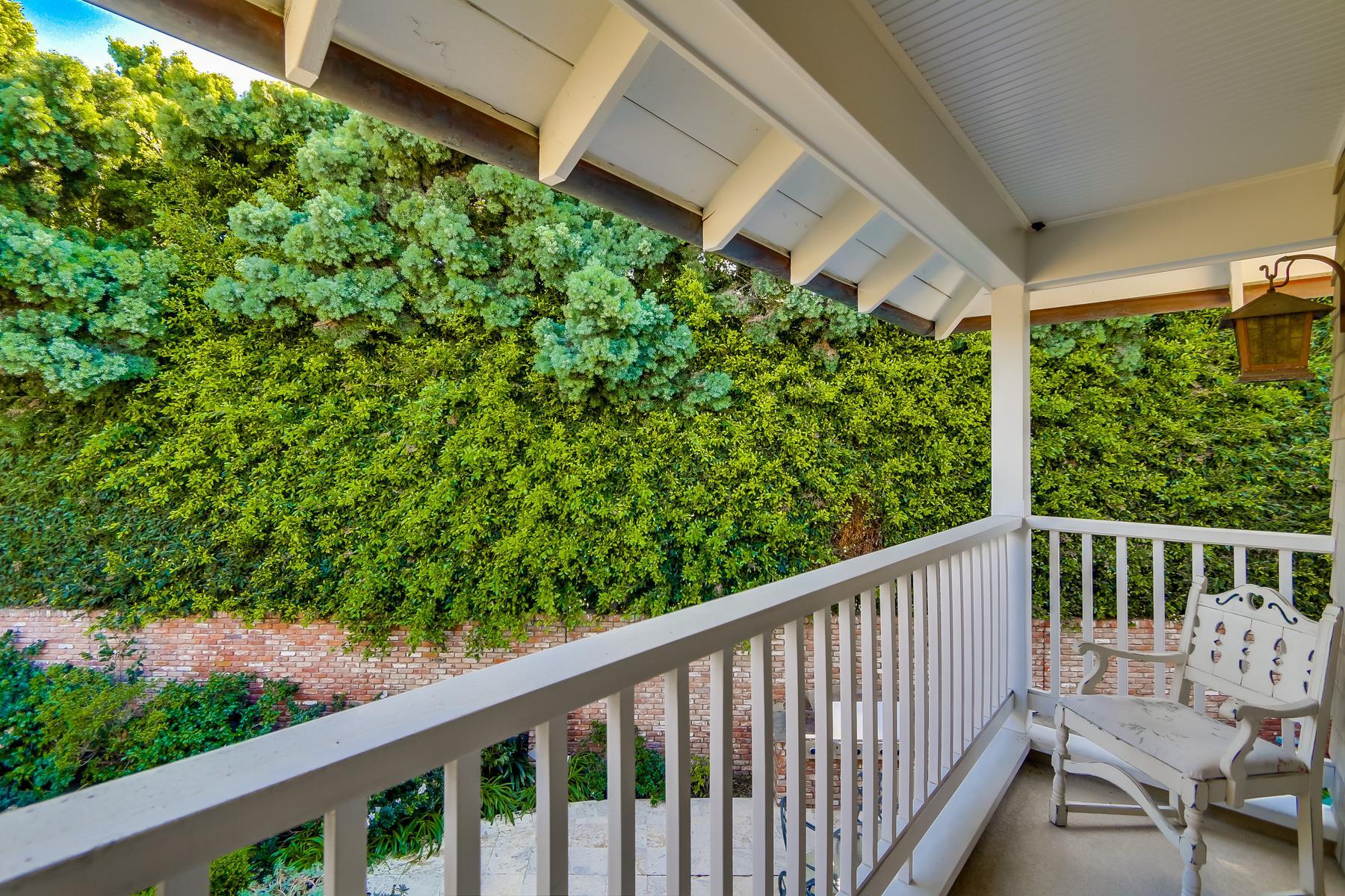 Additional photo for property listing at 1030 Loma Avenue  Coronado, California 92118 United States