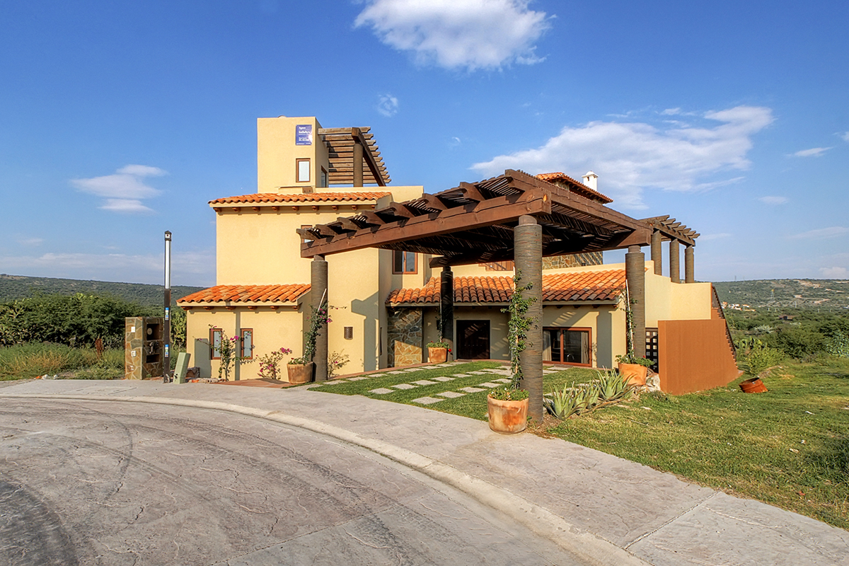 sales property at Casa Ventanas