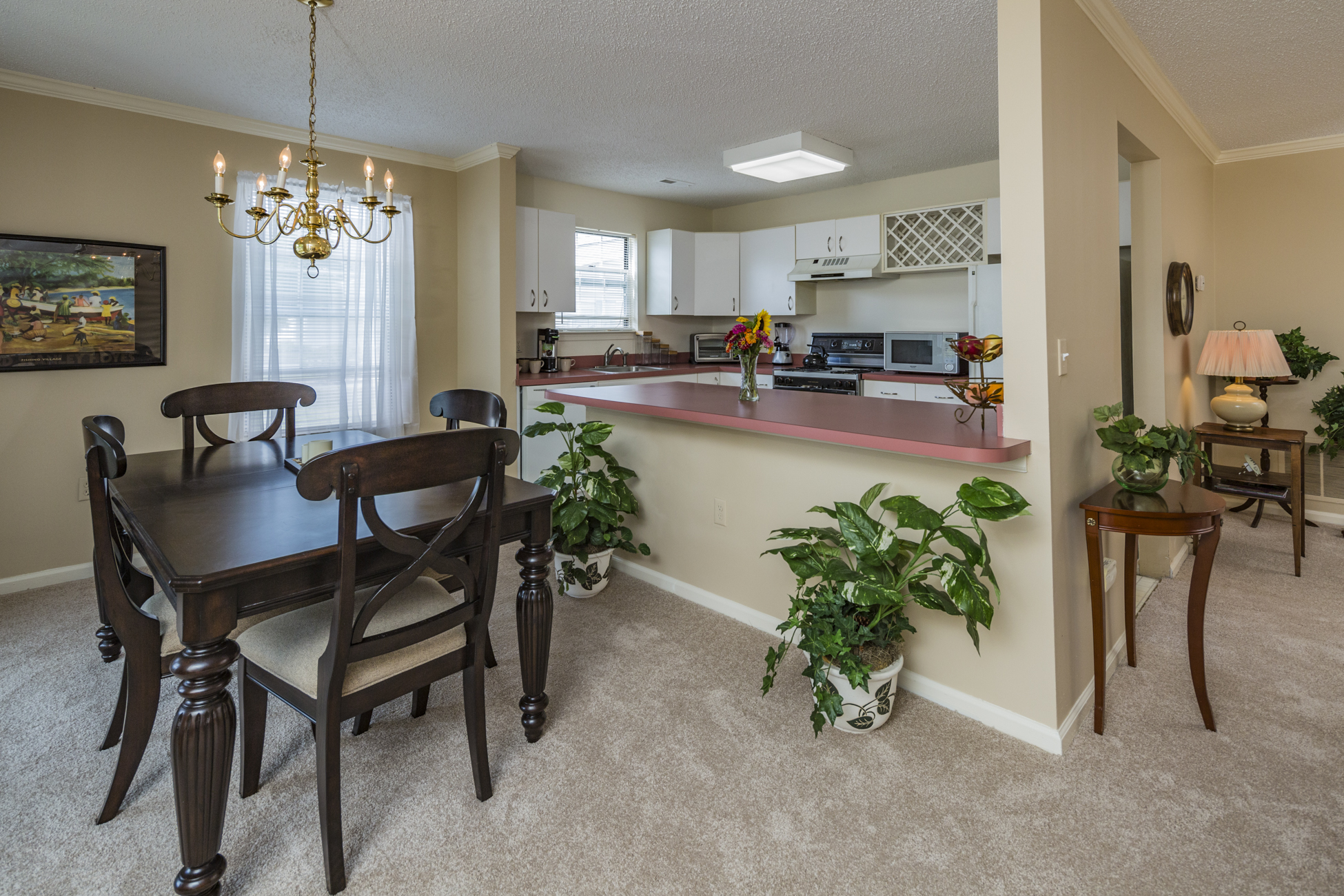 Additional photo for property listing at Effortless, One-Level Living in Eagles Chase - Lawrence Township 816 Roundtree Place Lawrenceville, Nueva Jersey 08648 Estados Unidos