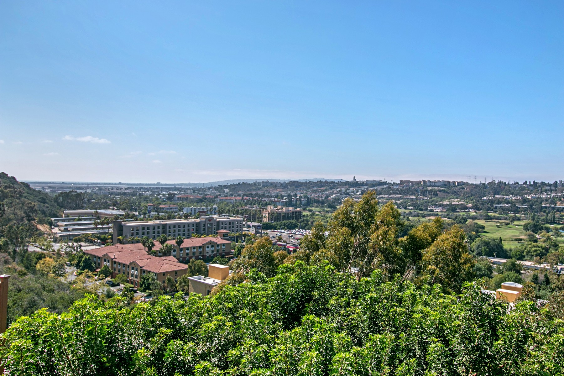 Additional photo for property listing at 4460 Teralta Place  San Diego, California 92103 Estados Unidos