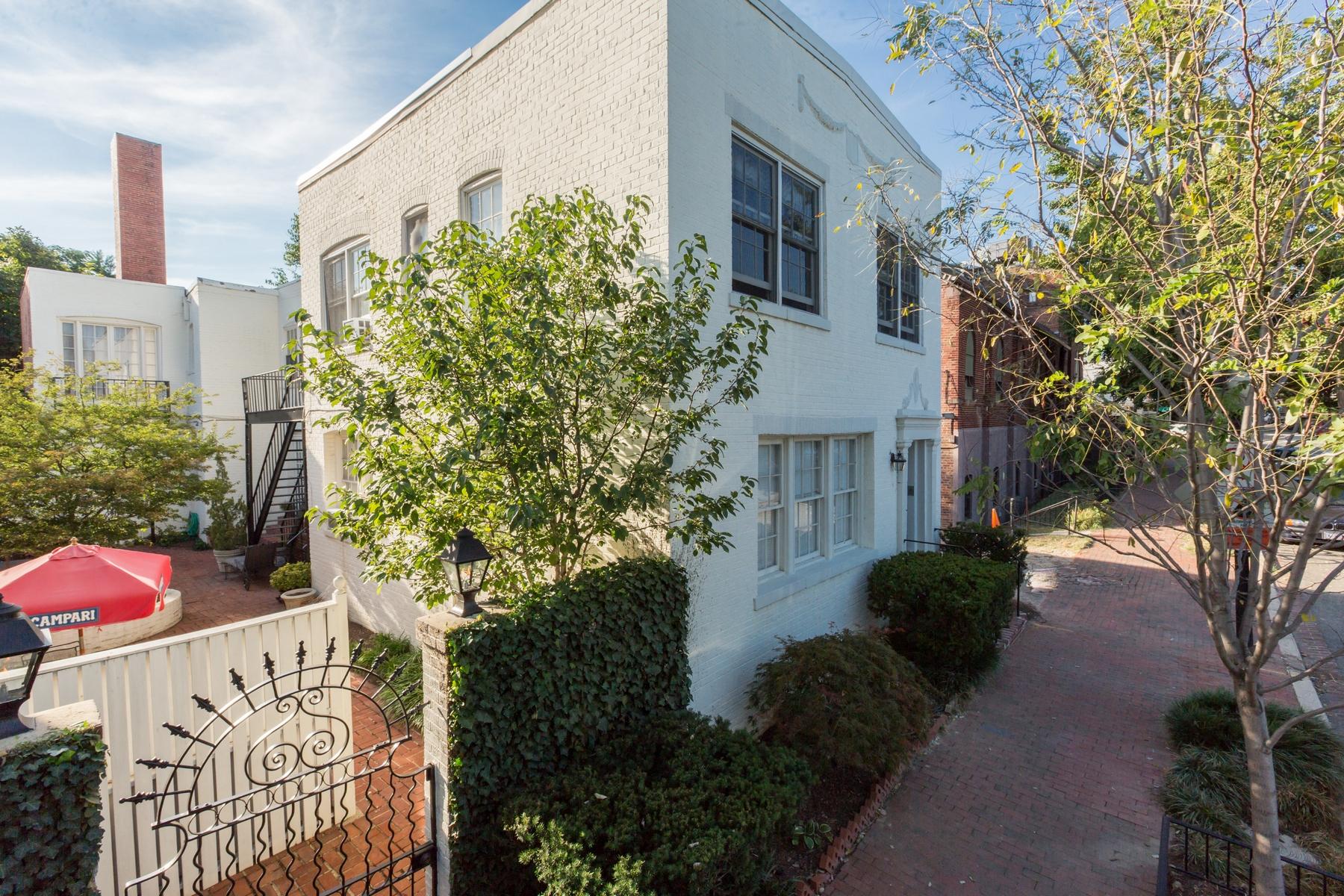 共管物業 為 出售 在 Georgetown 1410 26th Street NW #2 Georgetown, Washington, 哥倫比亞特區 20007 美國