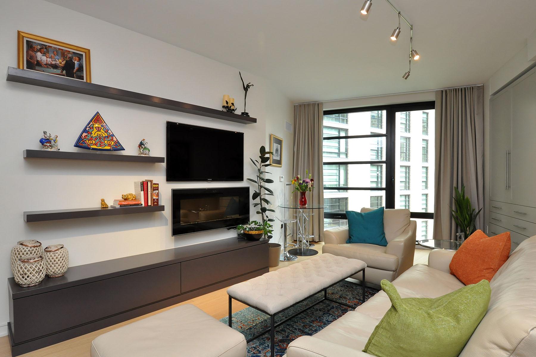 Condomínio para Venda às Extraordinary Millennium Place 580 Washington Street Unit 5E Midtown, Boston, Massachusetts 02111 Estados Unidos