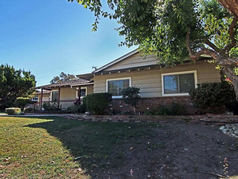 Villa per Vendita alle ore 910 Reed Drive Claremont, California 91711 Stati Uniti