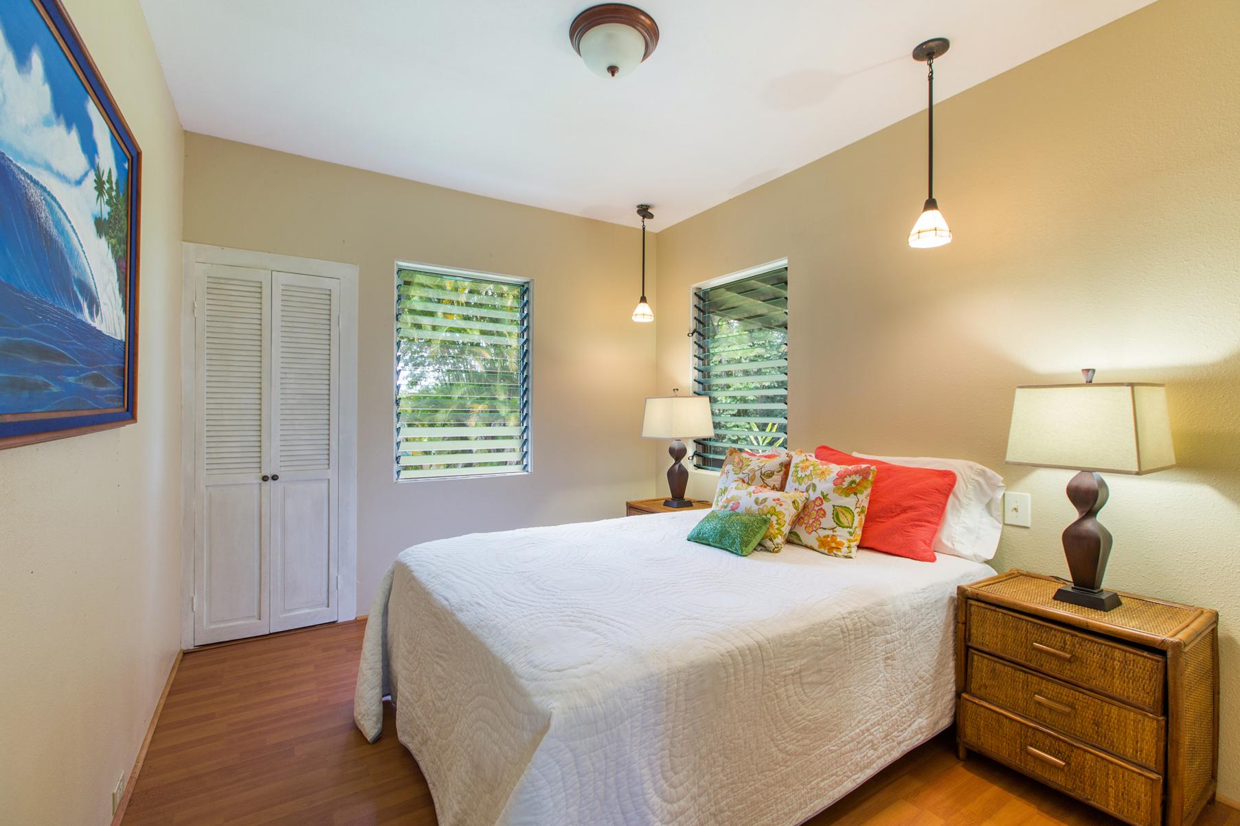 Additional photo for property listing at Timeless Retreat 95-1202 Kapanoe Street Mililani, Hawaii 96789 United States