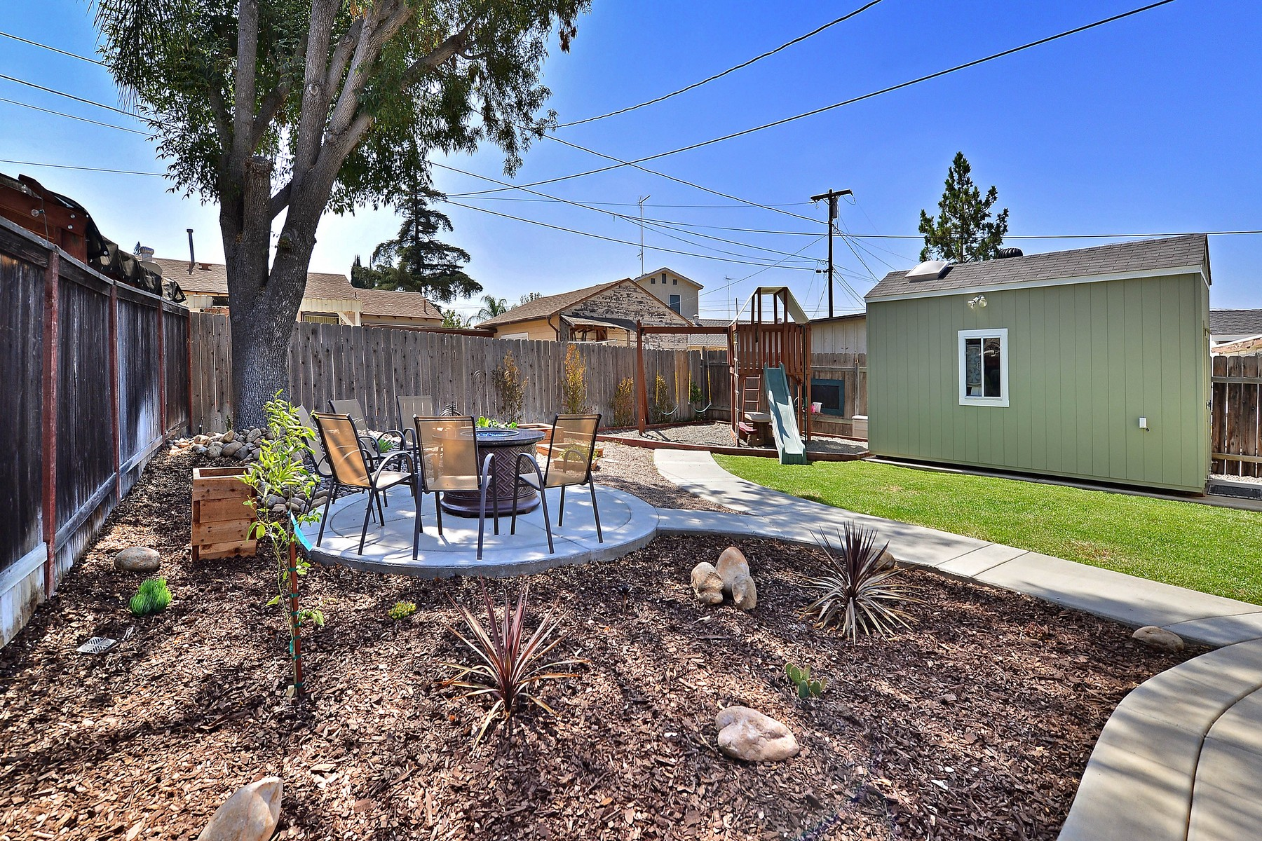 Additional photo for property listing at 2335 Charles Way  El Cajon, Californie 92020 États-Unis