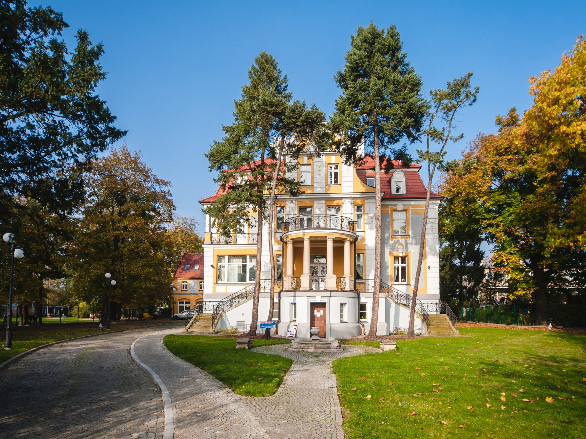 Vivienda unifamiliar por un Venta en Wrocław - Kasprowicza Wroclaw, Lower Silesian, Polonia