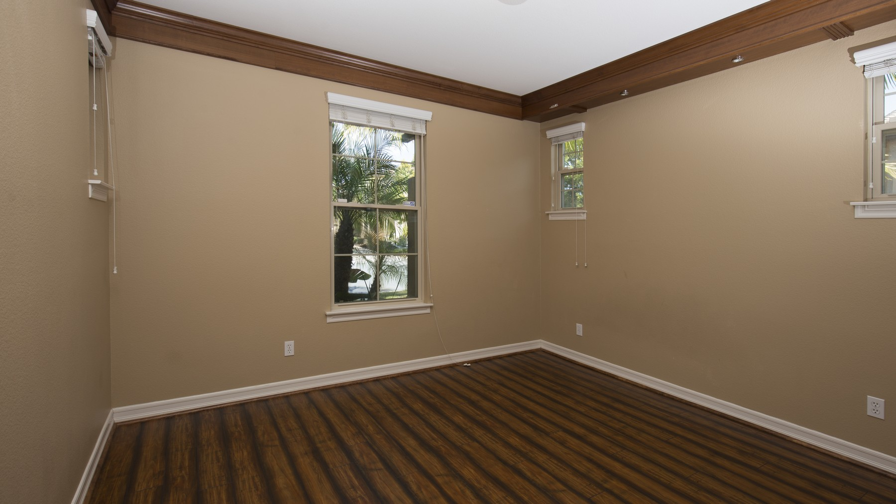 Additional photo for property listing at 7271 Primrose Lane  San Diego, Калифорния 92129 Соединенные Штаты