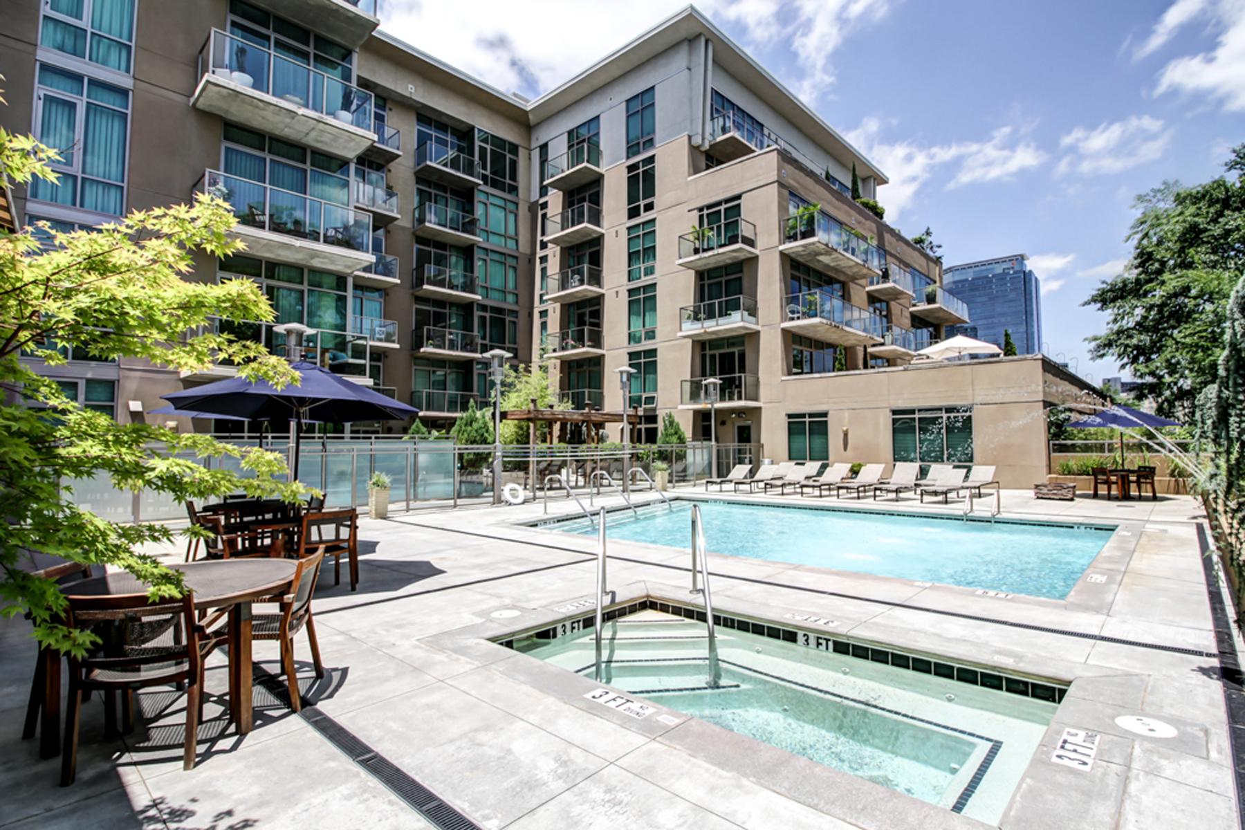 Condominio por un Venta en 3-Unit Combination/Largest Loft in Midtown 905 Juniper Street NE #416 Atlanta, Georgia 30309 Estados Unidos