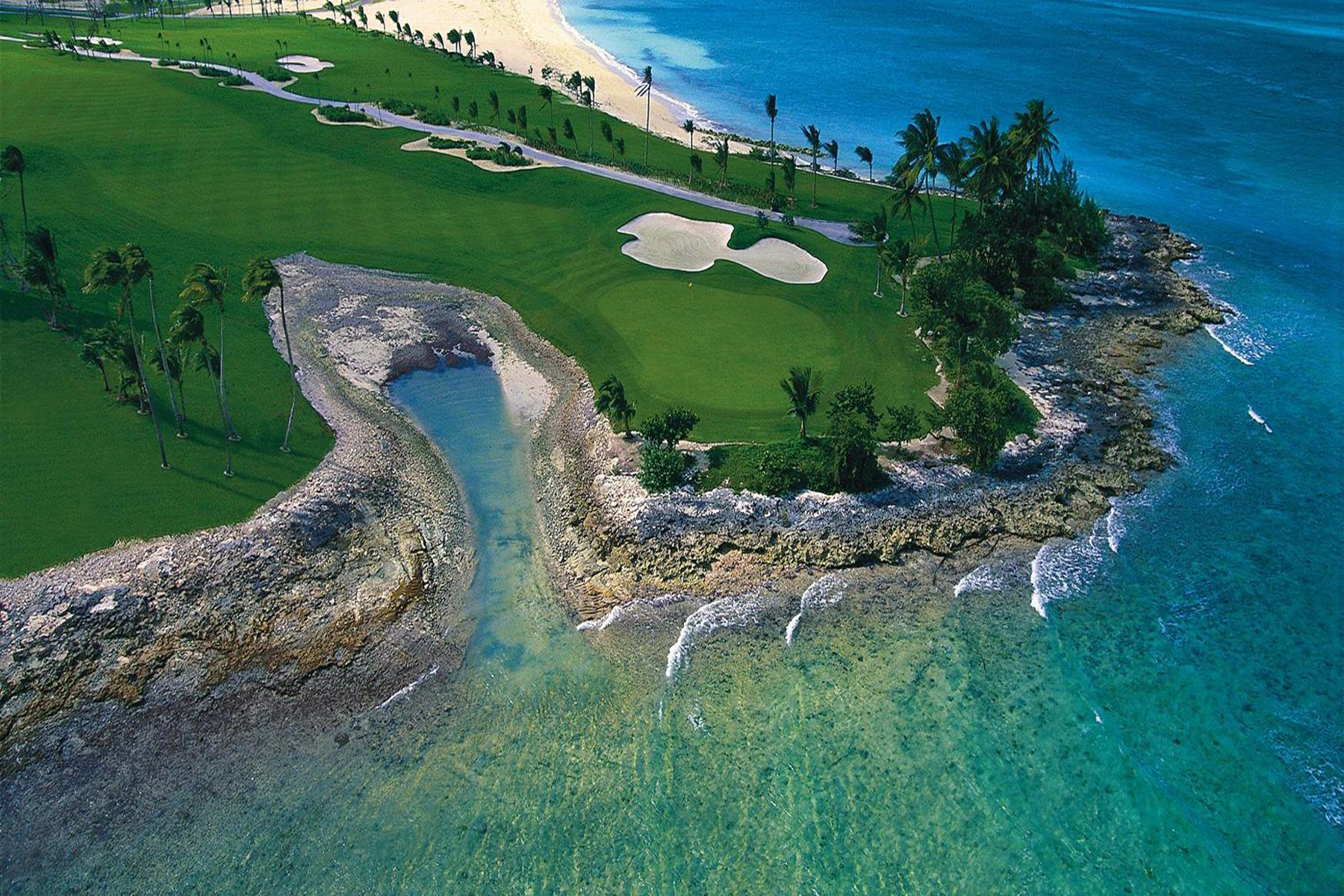 Additional photo for property listing at The Reef at Atlantis #5-909 The Reef At Atlantis, Paradise Island, Nassau And Paradise Island Bahamas