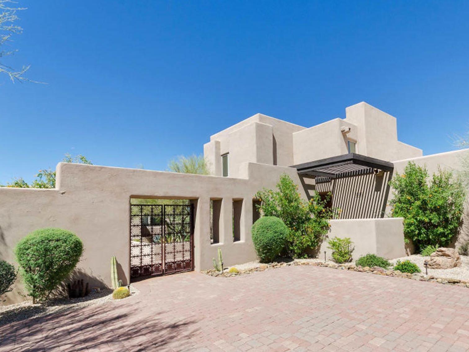 Casa para uma família para Venda às Wonderful Custom Home in Desert Mountain 10386 E Scopa Trail Scottsdale, Arizona 85262 Estados Unidos