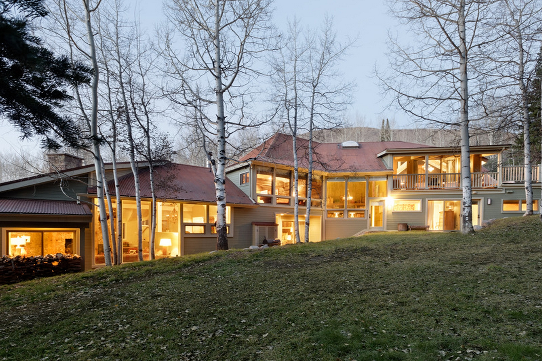 Property For Sale at Mountain Retreat in Starwood