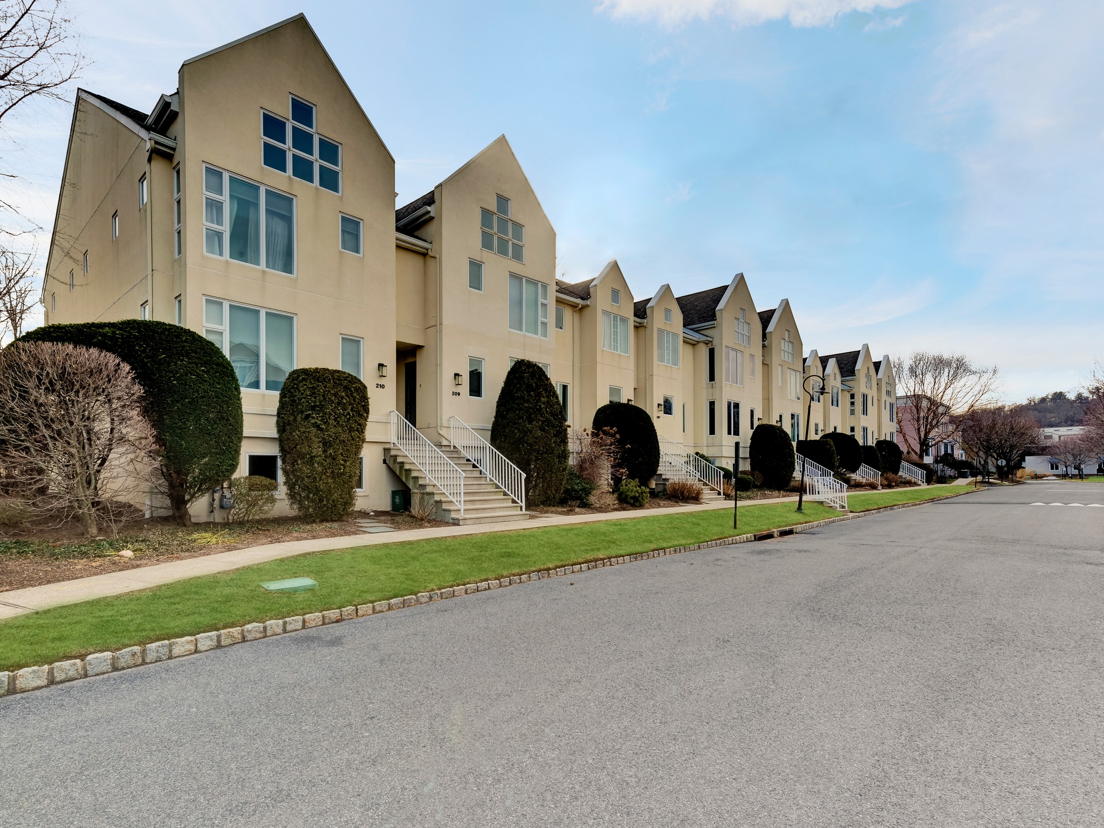 sales property at Piermont Landing