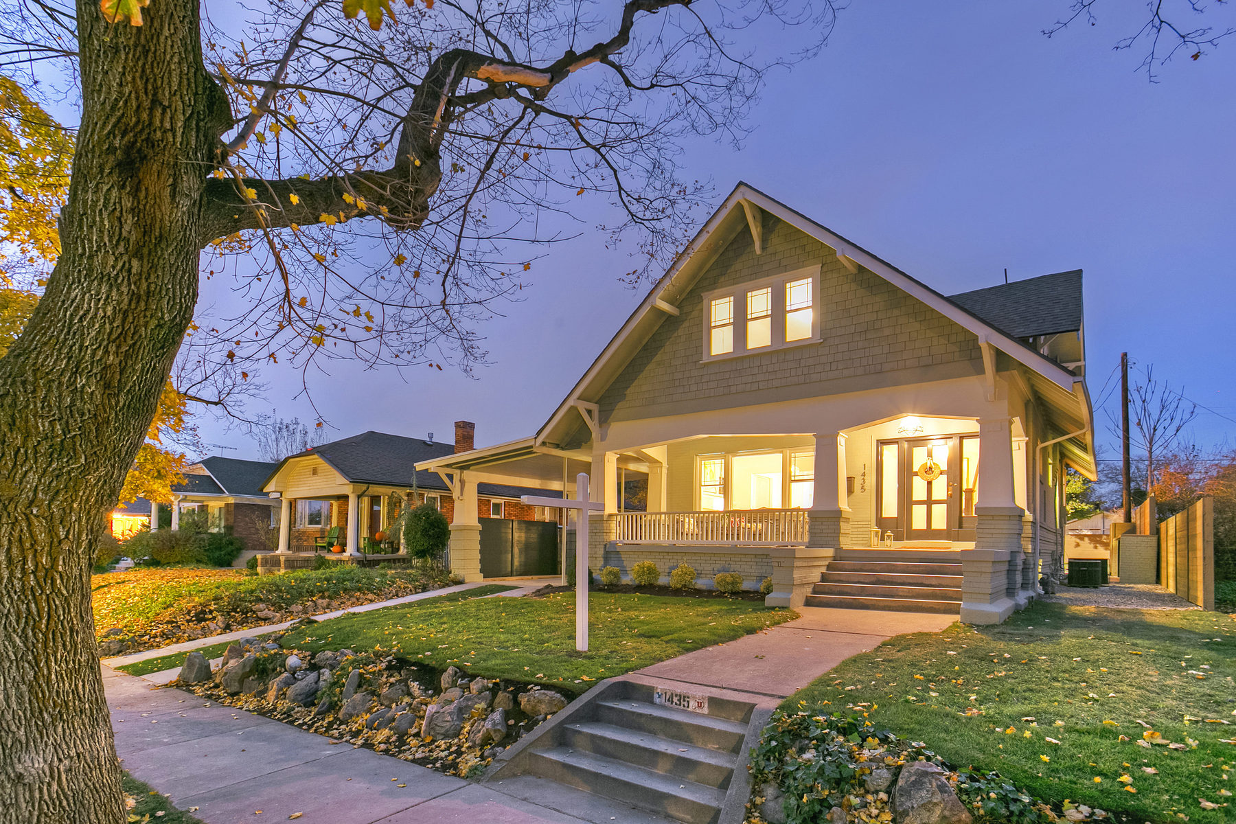 独户住宅 为 销售 在 Meticulously Updated Bungalow 1435 E Logan Ave Salt Lake City, 犹他州 84105 美国